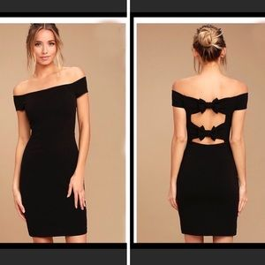 NWT Lulu's Bow-Getter-Off-The Shoulder Dress